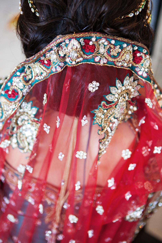 wedding-0350-indian-veil-red-beading-queensland.jpg