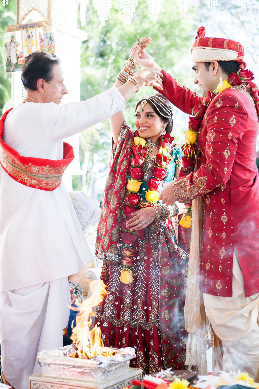 wedding-0370-indian-ceremony-hands-fire-brisbane.jpg