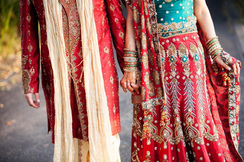 wedding-0380-indian-sari-red-green-queensland.jpg