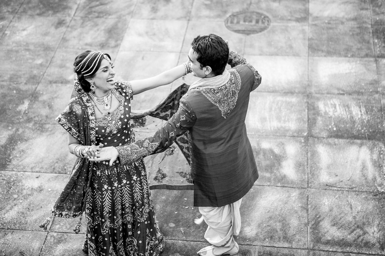 wedding-0387-indian-dancing-sari-laughing-australia.jpg