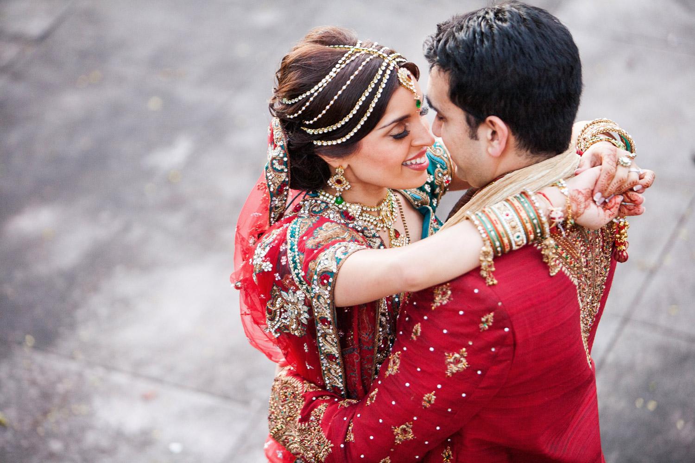 wedding-0388-indian-romantic-red-sari-brisbane.jpg