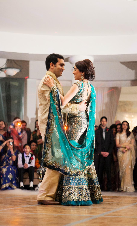 wedding-0396-indian-reception-dancing-dryice-australia.jpg