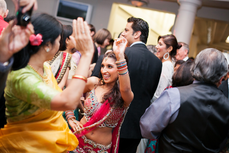 wedding-0399-indian-reception-dancing-fun-australia.jpg