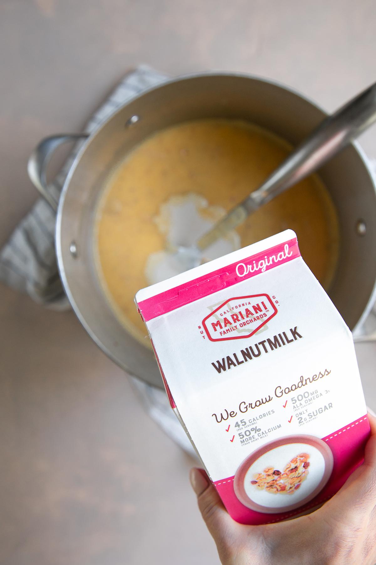 HR Walnutmilk Potato Leek Soup-2.jpg