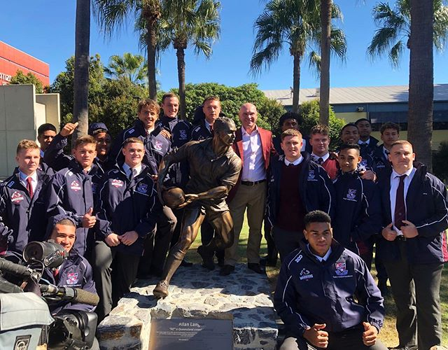 Great experience being at the unveiling of the Allan Langer statue this morning ahead of homecoming.