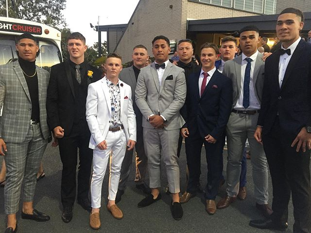 Who's the best dressed? 🤔 They're all looking so sharp we can't split them.. Enjoy the night, Warriors! Only two more sleeps until it's game-on v Ipswich. 👊