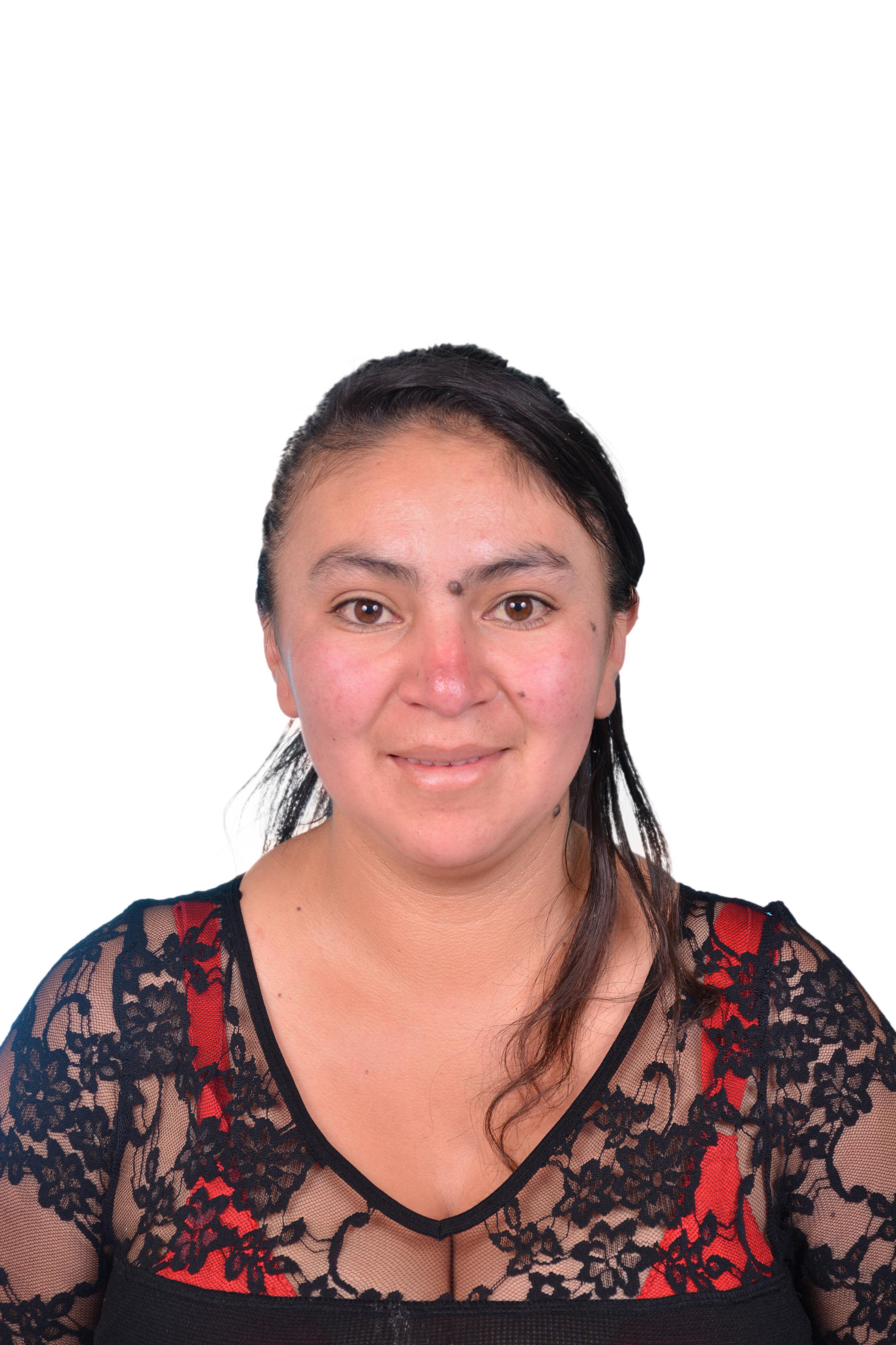 Sandra Velez, Knitter