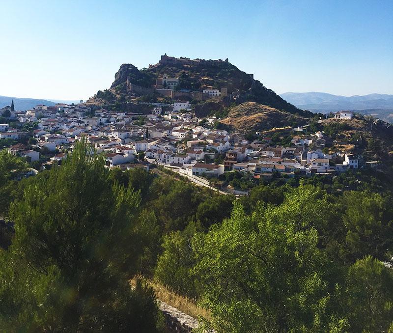 The village of Moclín