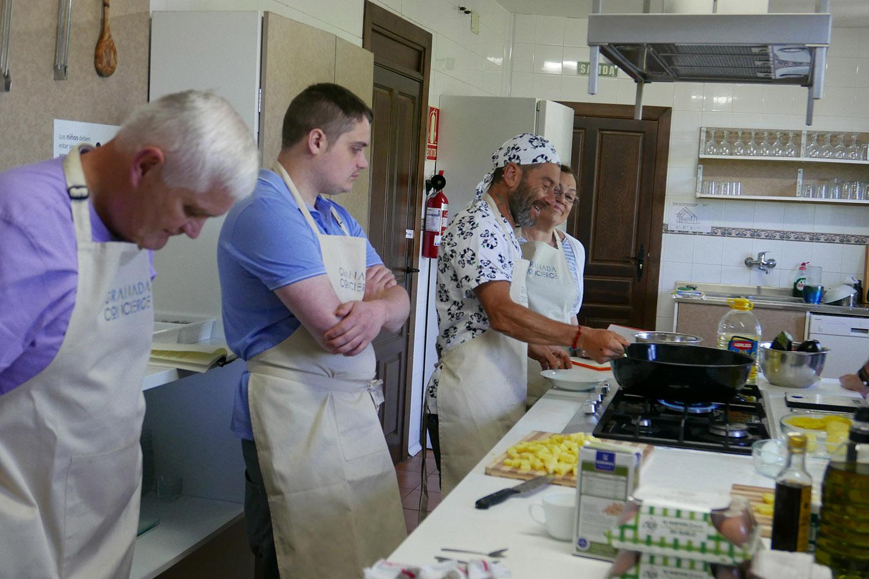GC_Cookery_kitchen2.jpg