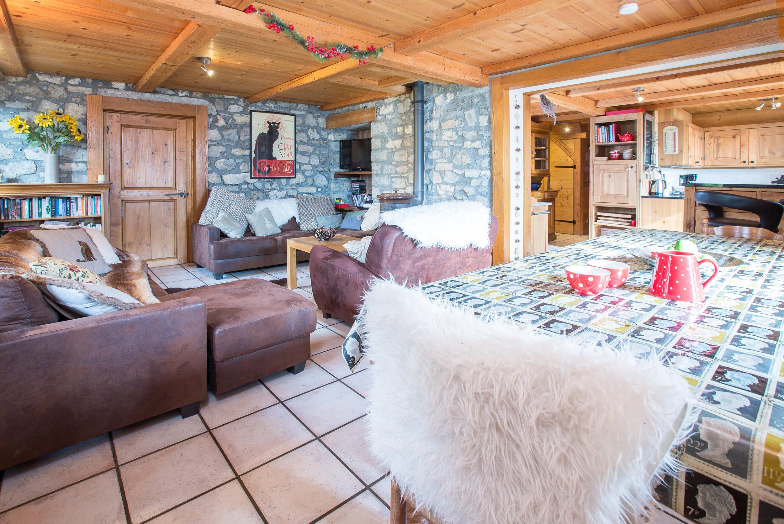 Living area-1.jpg