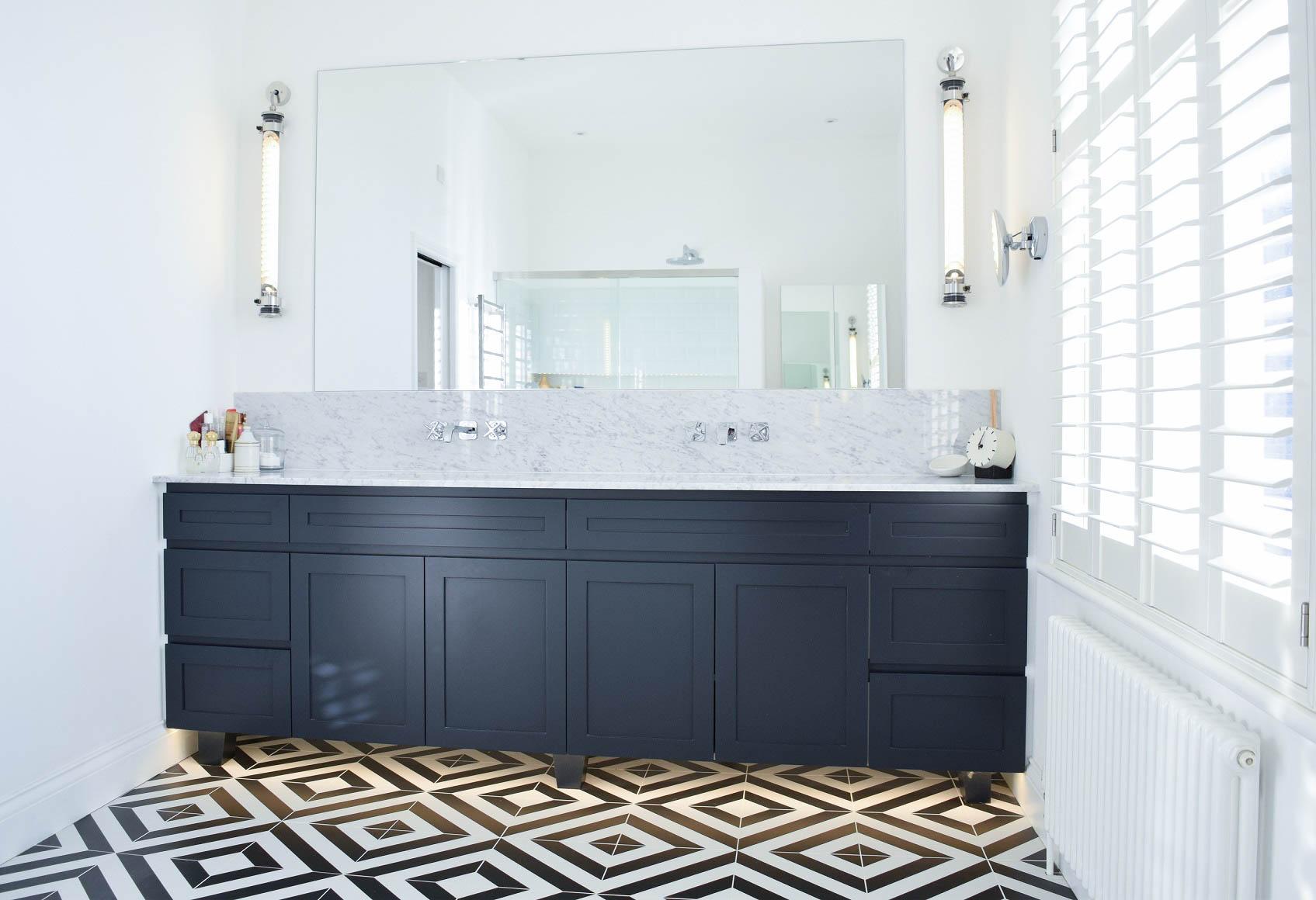 Tiptoe - Bathroom.jpg