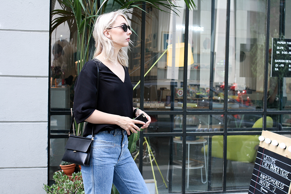 noa-noir-fashion-outfit-closed-archive-pedal-pusher-denim-minimal-summer-style-1.png