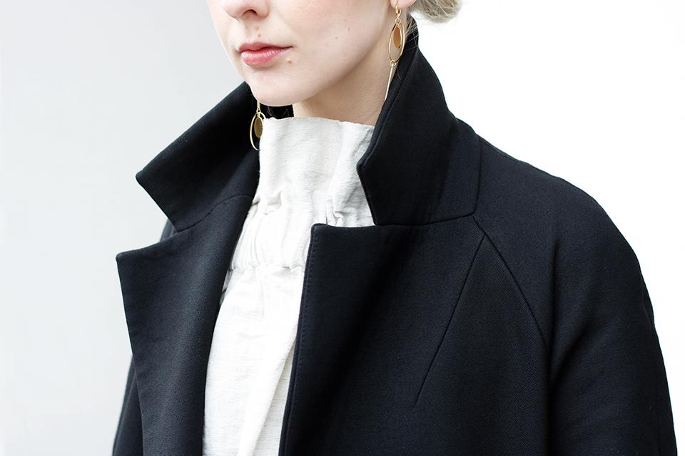 noa-noir-fashion-monochromatic-minimalist-streetstyle-inspiration-2.png