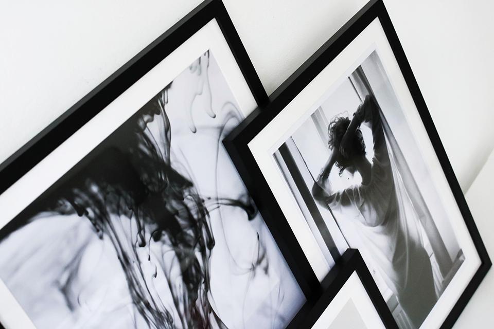 noa-noir-art-interior-inspiration-minimalist-monochrome-home-how-to-pick-minimal-art-1.png