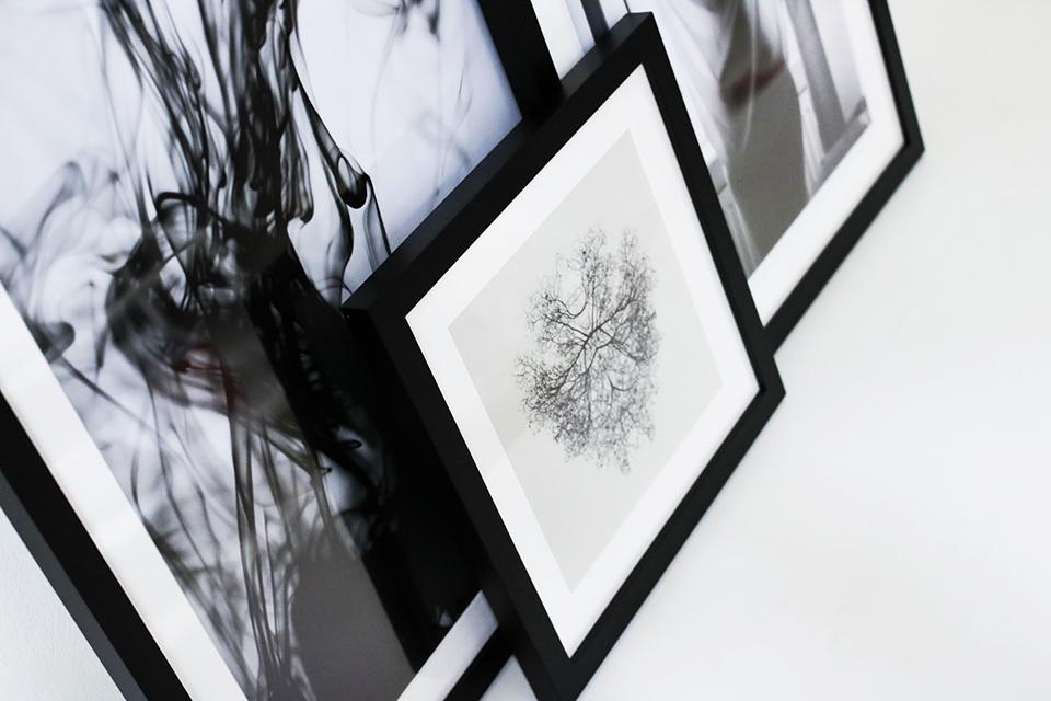 noa-noir-art-interior-inspiration-minimalist-monochrome-home-how-to-pick-minimal-art-3-1.png