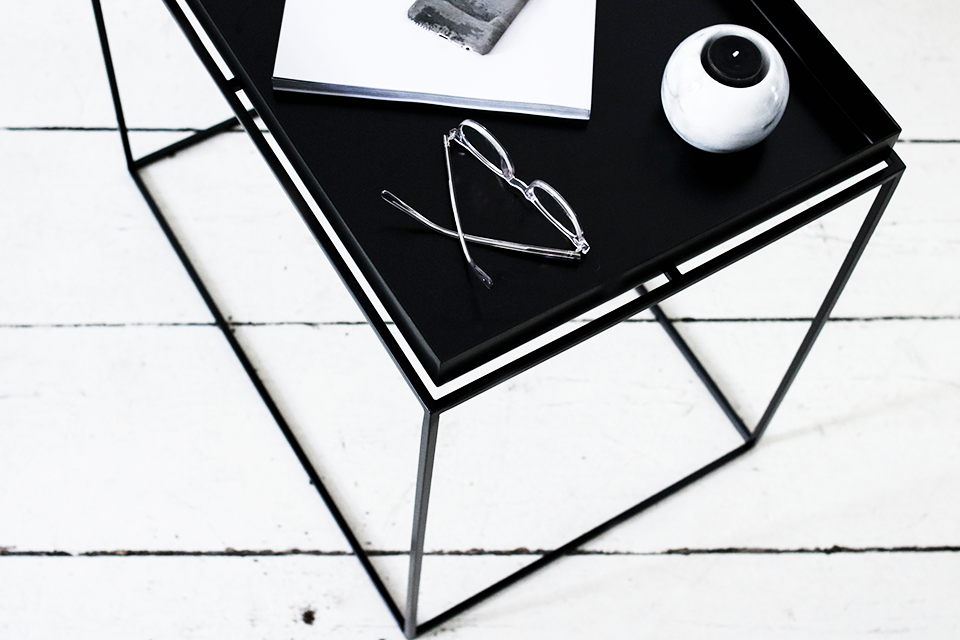 noa-noir-art-interior-home-decor-minimalist-styling-flower-decoration-6-1.png