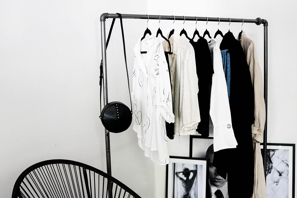 noa-noir-lifestyle-wardrobe-favourites-minimalist-closet-2.png