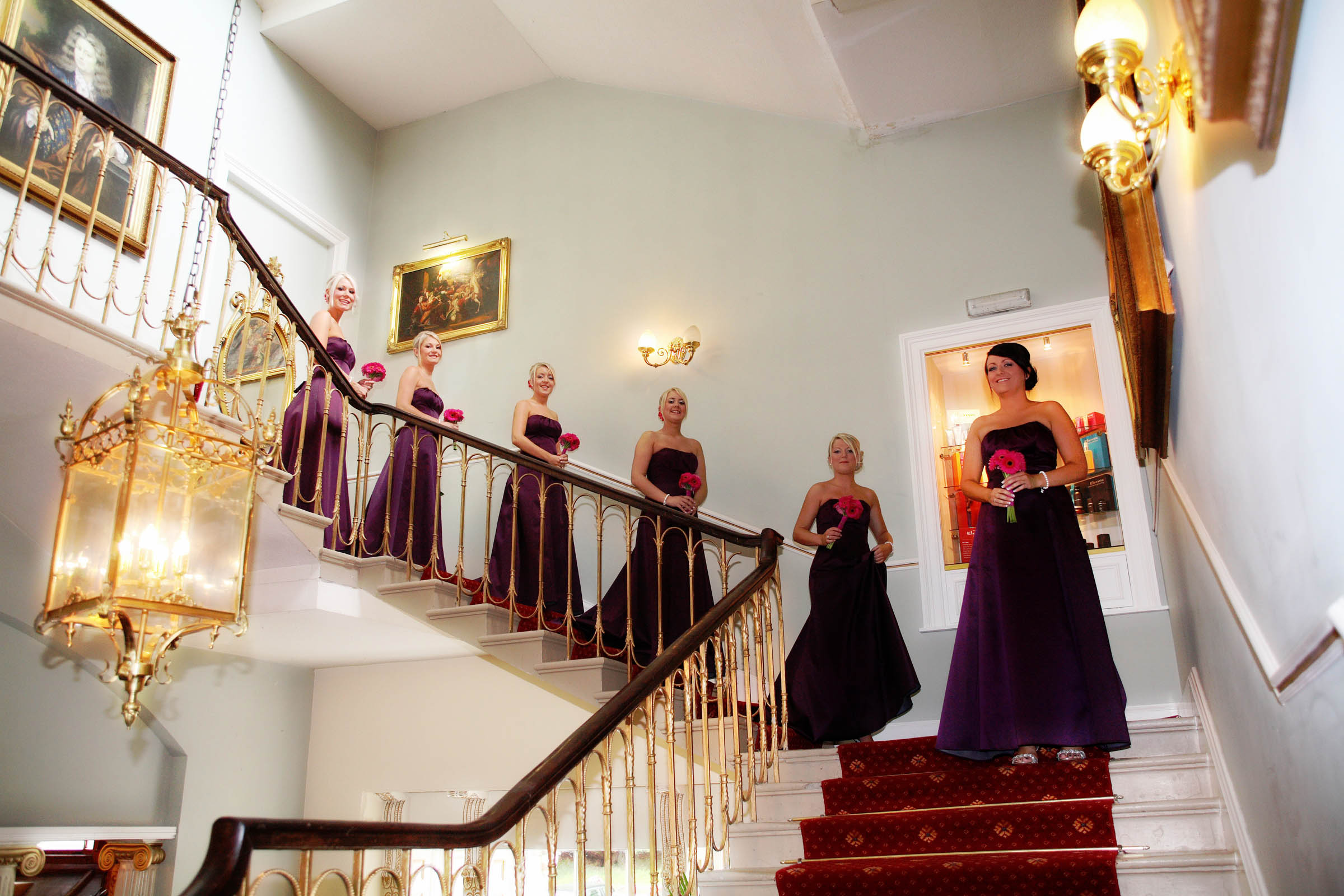 Bridesmaids_staircase_wedding_photography_Edinburgh.jpg