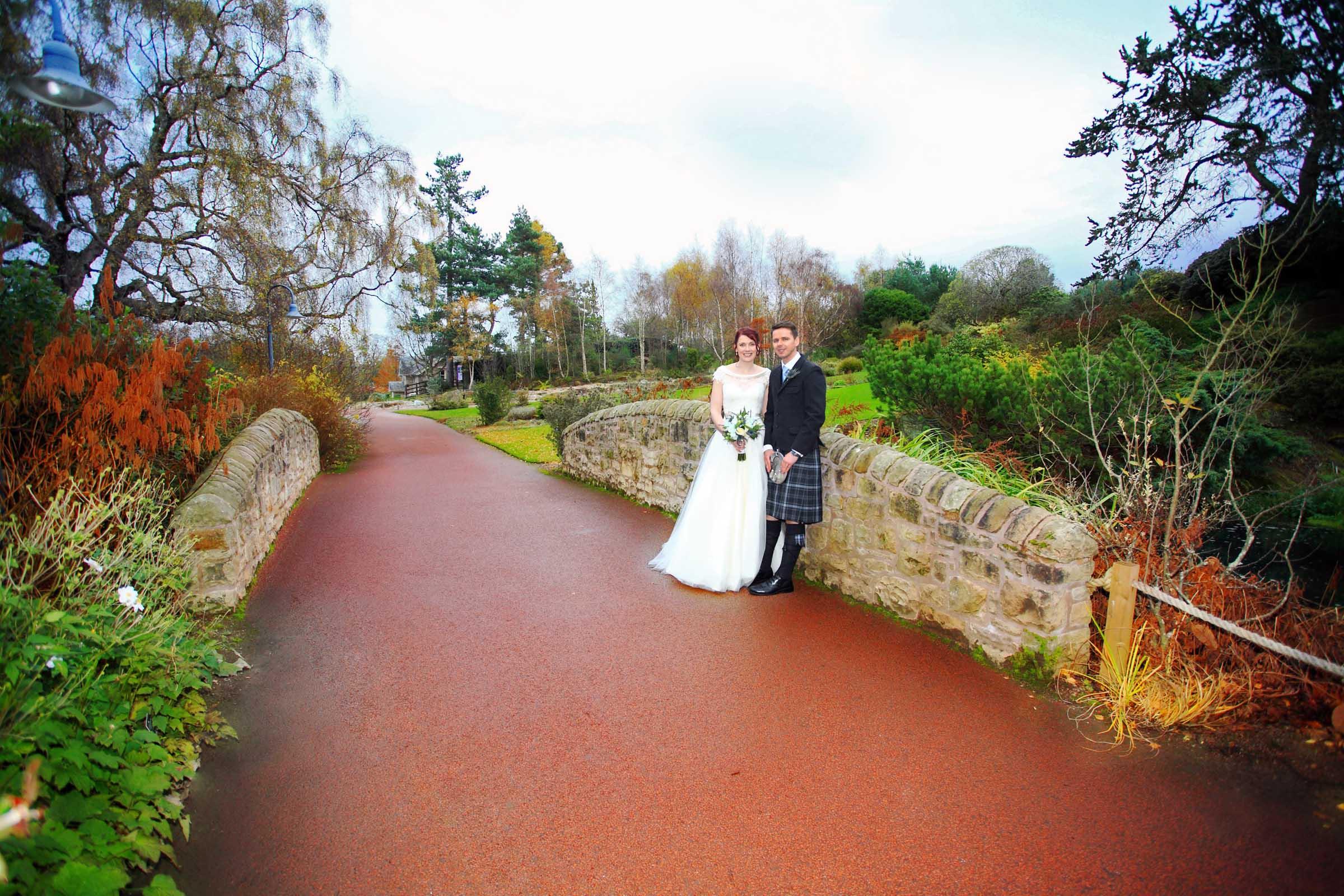 Botanics_wedding_Edinburgh.jpg