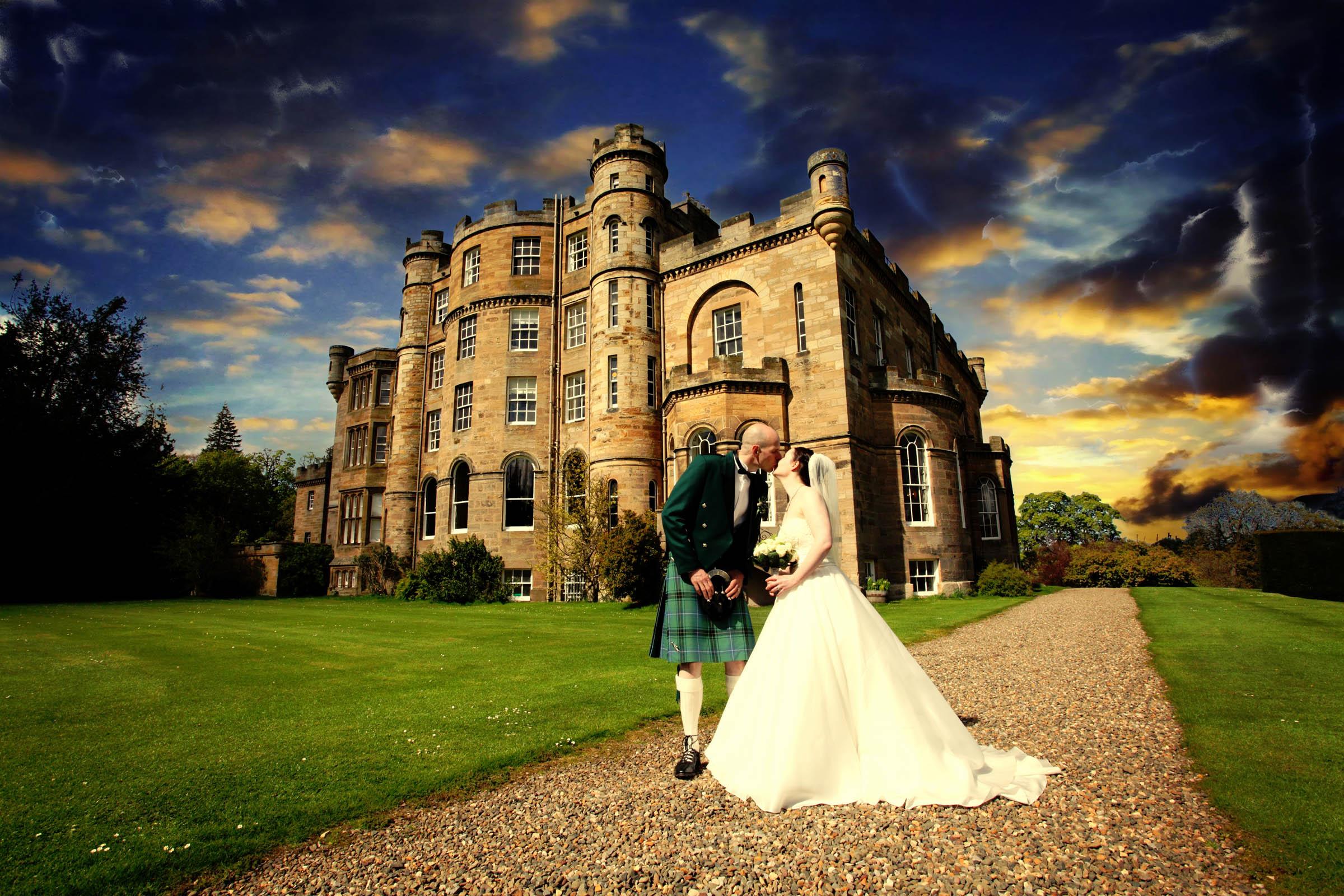 OxenfoordCastle_Wedding_Edinburgh_Photographer_banner03.jpg