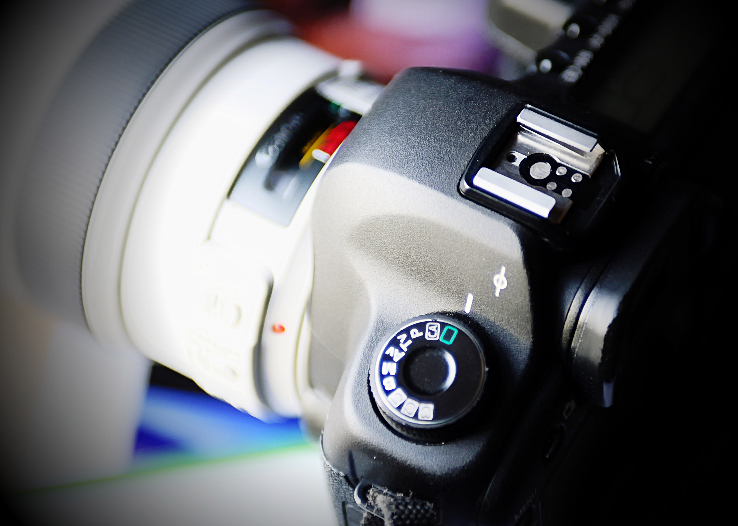 Getting to Grips with Digital Photography - Ideal for beginners or those new to digital photography. Covers the optimum settings for the best photography, understanding your camera modes, when and how to creative control and much more...
