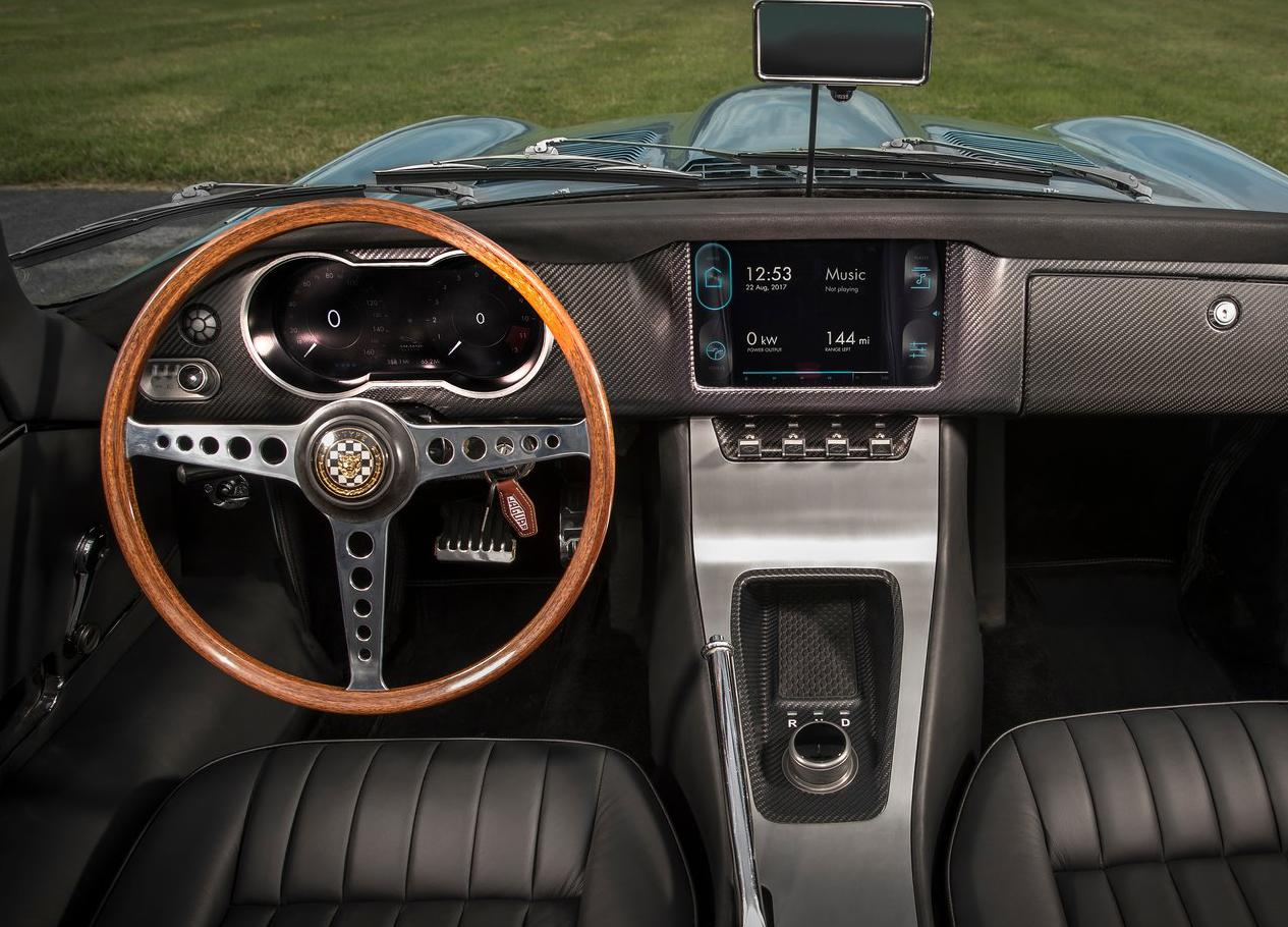 Jaguar-E-Type_Zero_Concept-2017-1280-07.jpg
