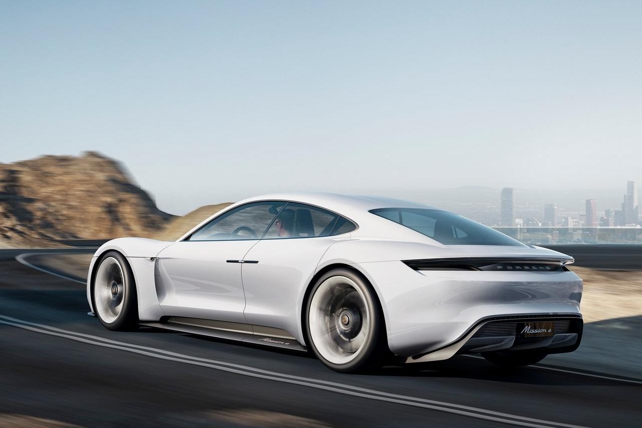 Porsche-Mission_E_Concept-2015-1280-0b.jpg