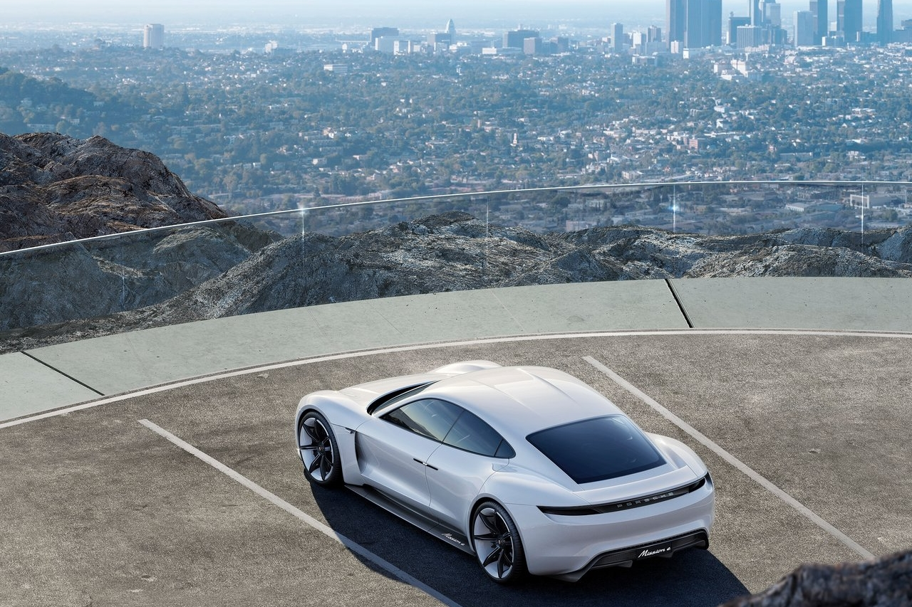 Porsche-Mission_E_Concept-2015-1280-09.jpg