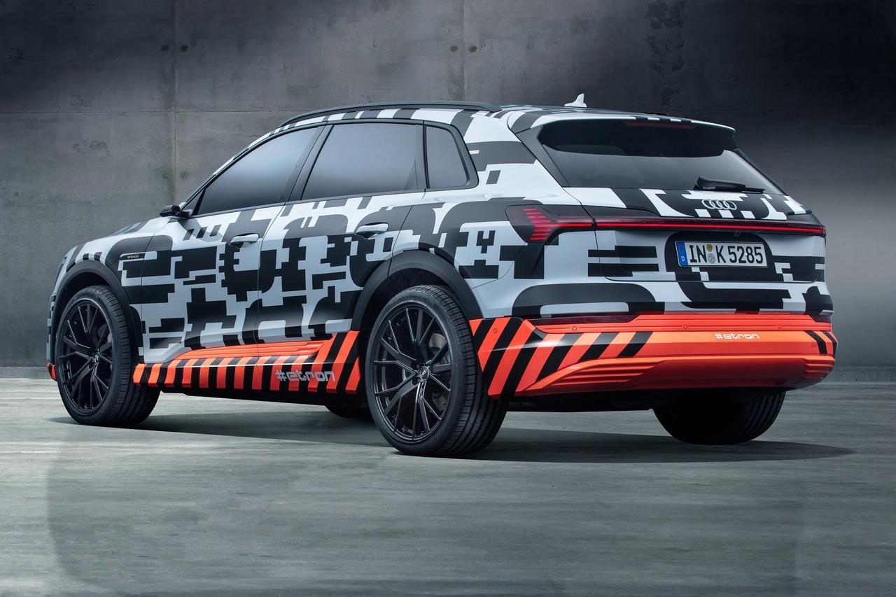 Audi-e-tron_Concept-2018-1280-03.jpg