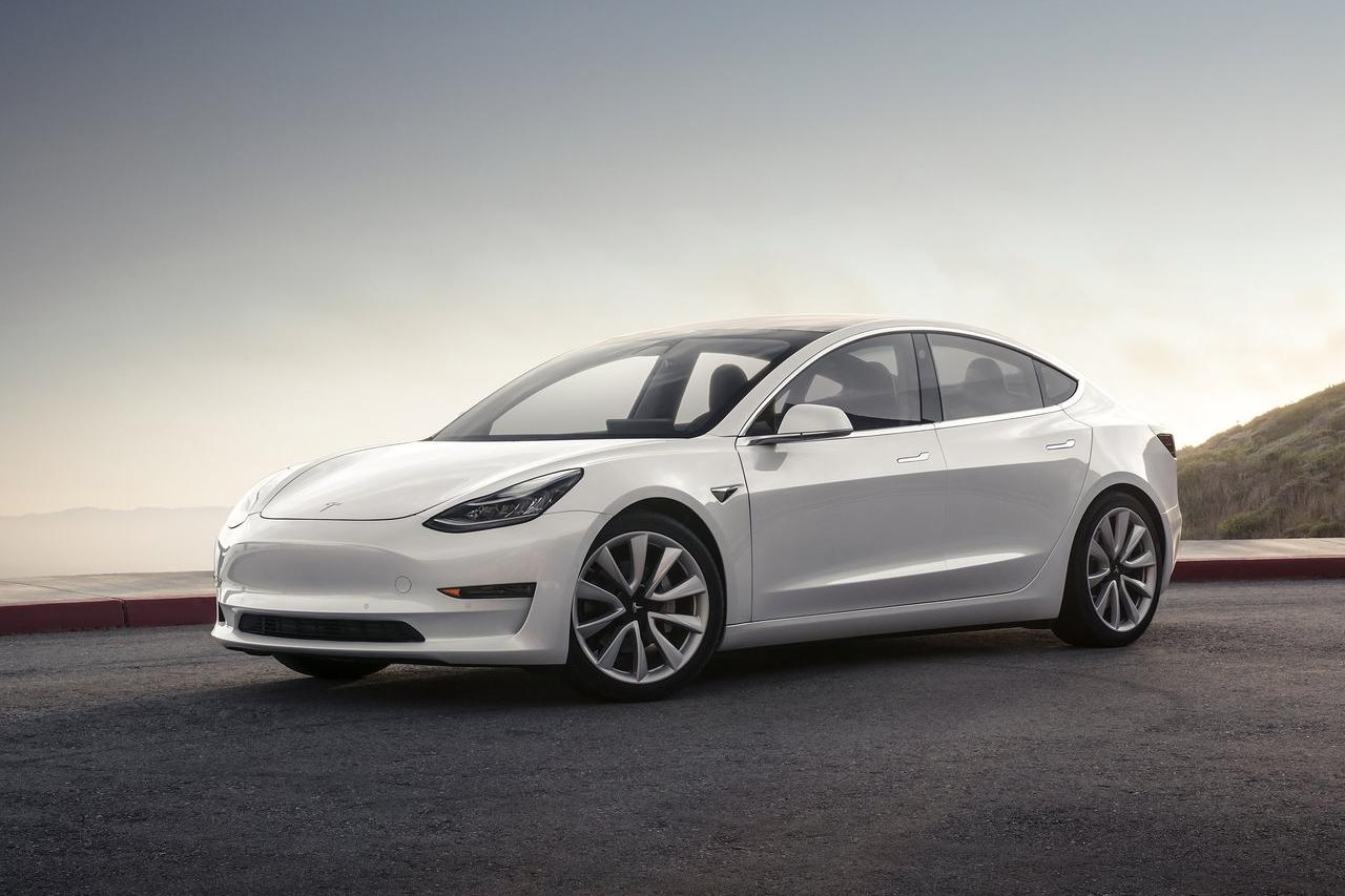 Tesla-Model_3-2018-1280-01.jpg