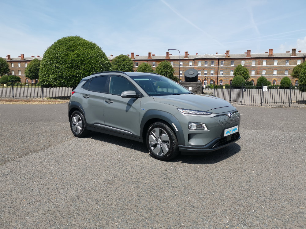 HYUNDAI KONA - Introducing the Hyundai Kona Electric 64 kWh Premium SE. With 279 miles of range (WLTP) all in a small SUV package, it's no wonder that new Kona orders won't arrive until 2020. Luckily at Volt-Age we have some models available to hire.