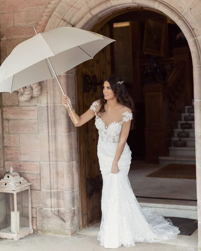 Wedding Wednesday and a throw back to a shoot we were part of @sorncastle we love this image and with spring weddings and the chance of a little spring shower we definitely think you should check out @brollybucket.  Image by @craigandevasanders  #weddings #scottishwedding #scottishvenue #sorncastle #weddingstyling #photoshoot #weddingsuppliers #scottishflorist #weddingshower #castlewedding #weddingdress #2019weddings #creativearmy #ayrshirewedding #wefellinlove #sayido