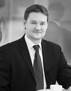 Markku Huopaniemi, Ferenda - Asianajaja, varatuomari Markku Huopaniemi työskentelee Asianajotoimisto Ferenda Helsinki Oy:ssa. Markku Huopaniemen erityisosaamisalueena on perhe- ja jäämistöoikeus