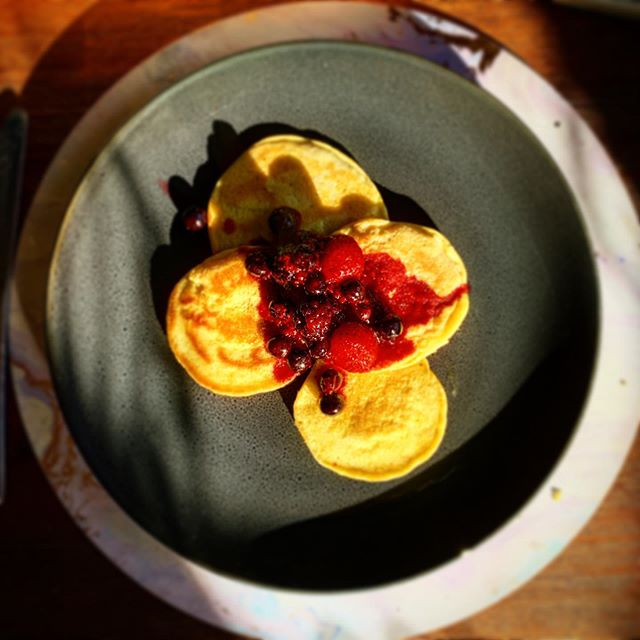 Berries pancakes for this Smokey, windy morning. Many people in my community are under threat from massive bushfires. Mother Nature is fierce. With no rain in sight for weeks 1,000's ha will burn and many animals will perish. #staysafe #fires #sendrain