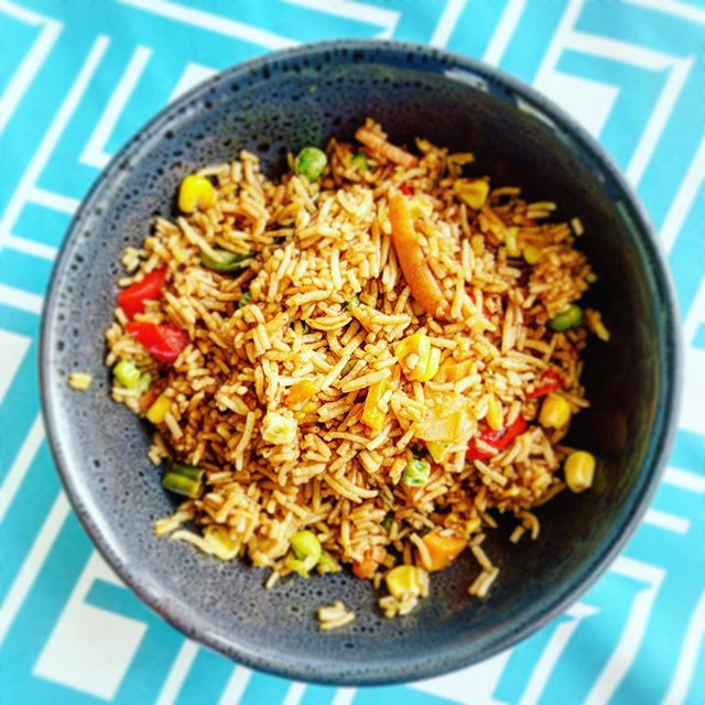 Who doesn't love fried rice. It's always making an appearance at our table and hanging out as a cheeky leftover. I do tend to hide it #mumhack I've been busy working on one of my projects all morning. Does anyone else just love Sundays for getting work done? #goals #getitgirl #dinner #lunch #itsnotworkwhenyouloveit #finishstrong #maxout #onemore #dontstop #dreambigger
