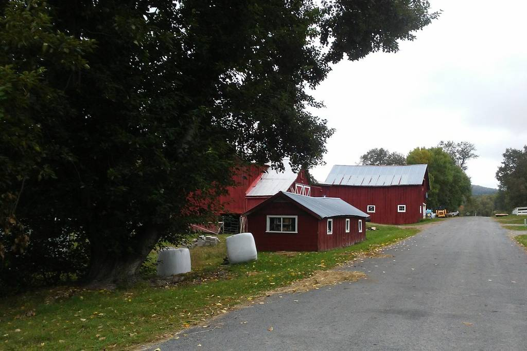 Farmhouse 4.jpg