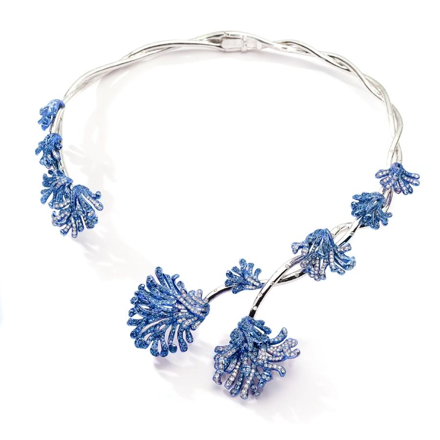 Evita necklace.jpg