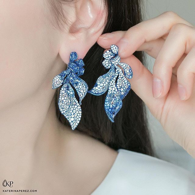 """""""Neha Dani creates amazing voluminous and sculptural jewellery art. These titanium, sapphire and diamond earrings are from the 'Cadence' collection, and use the alternate gradating colours of gems to enhance the dimension in their design."""" - Katerina Perez, @katerina_perez"""