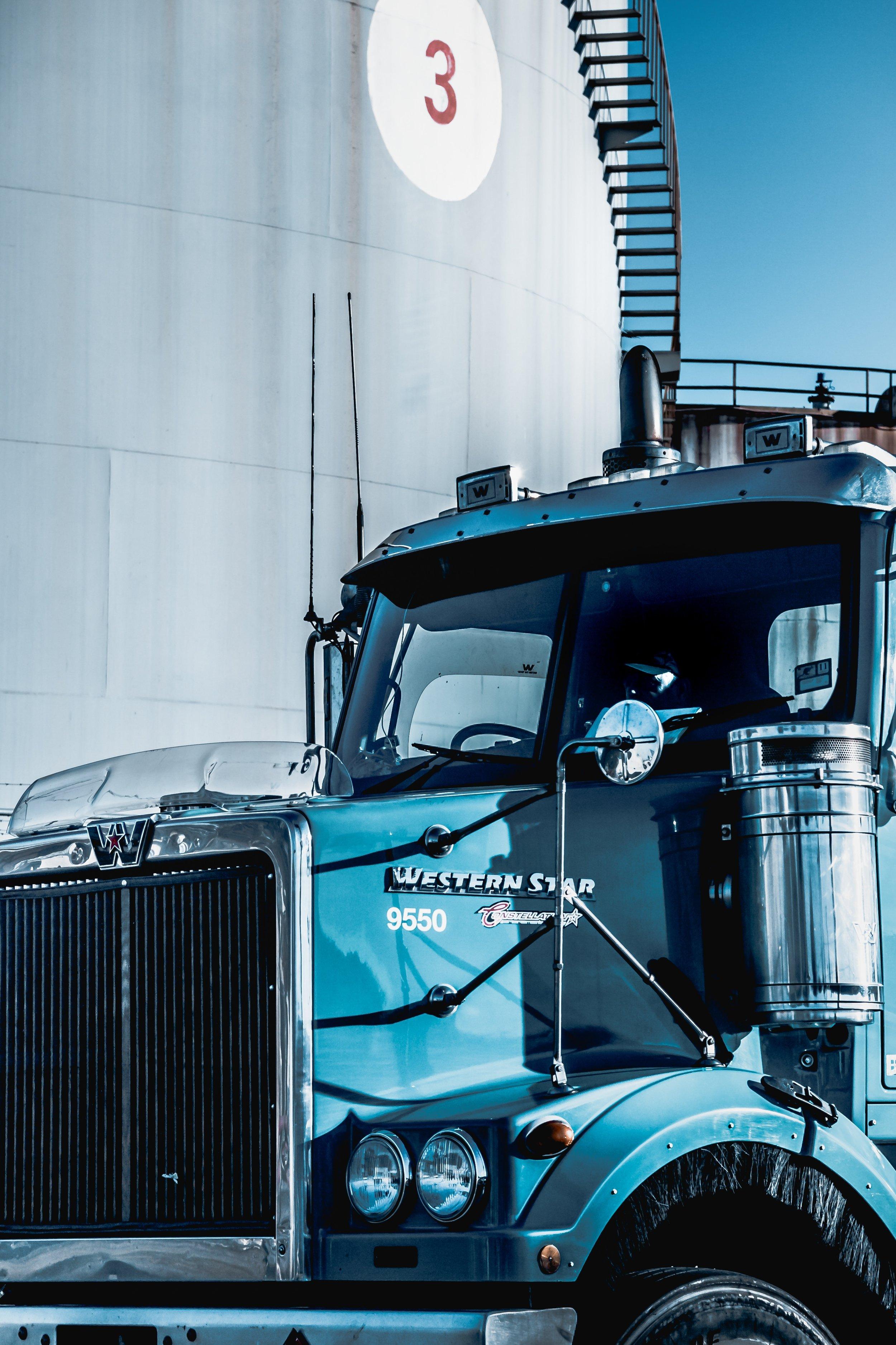 Edmonton Heavy  semi Truck trailer mechanic service CVIP_31.jpg