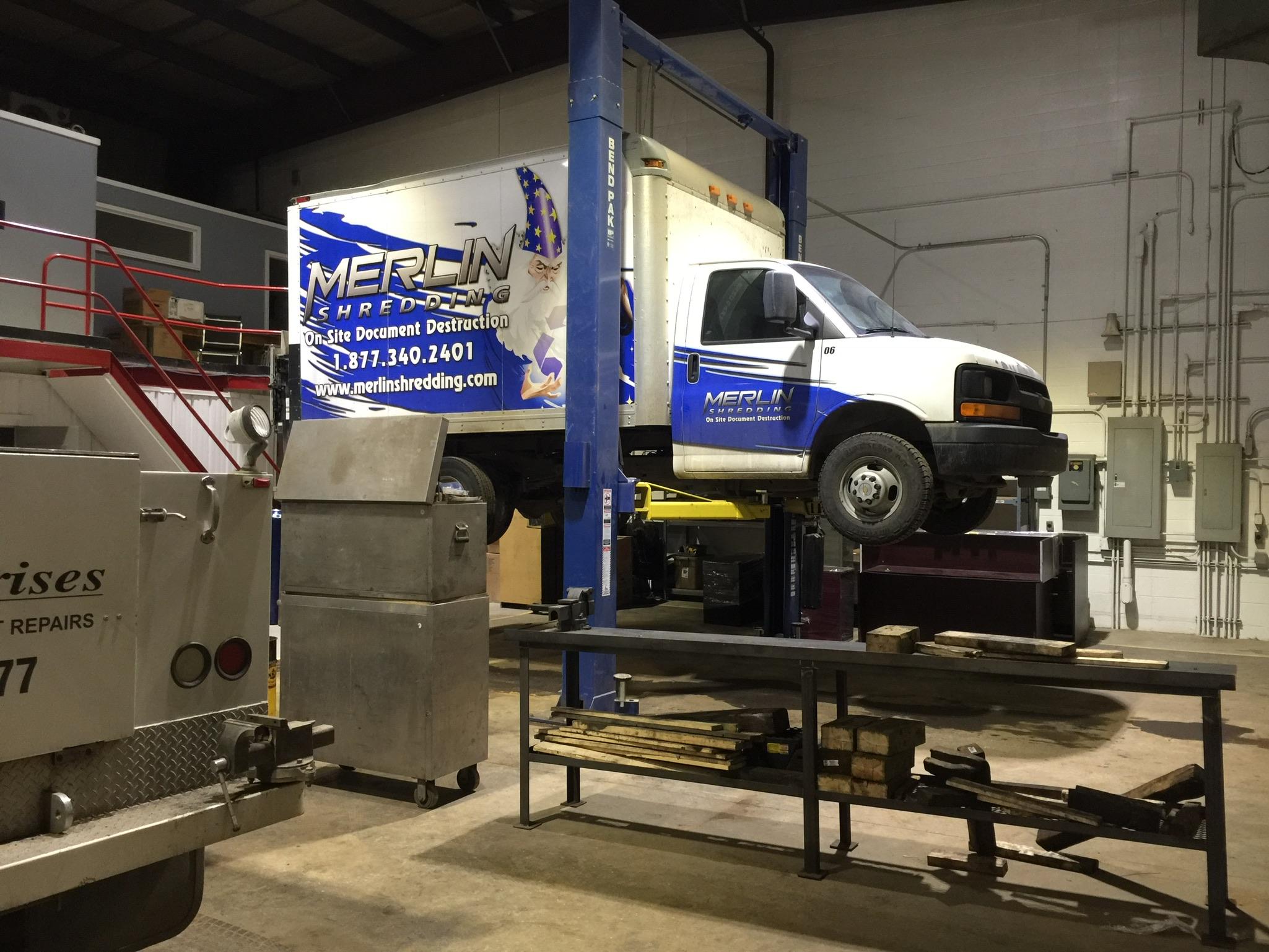 Truck trailer mechanic service CVIP_114