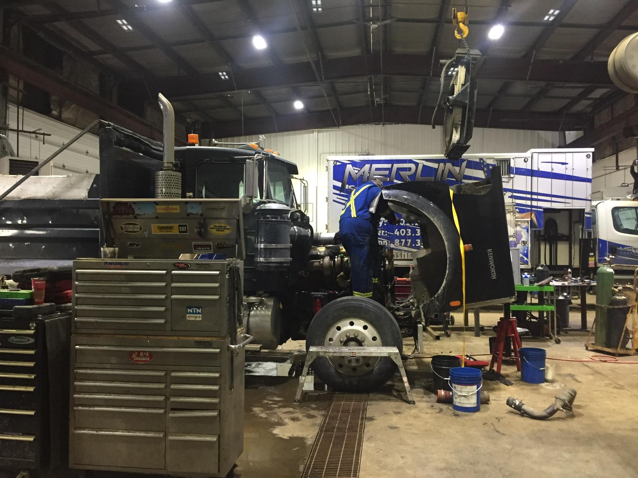 Truck trailer mechanic service CVIP_116