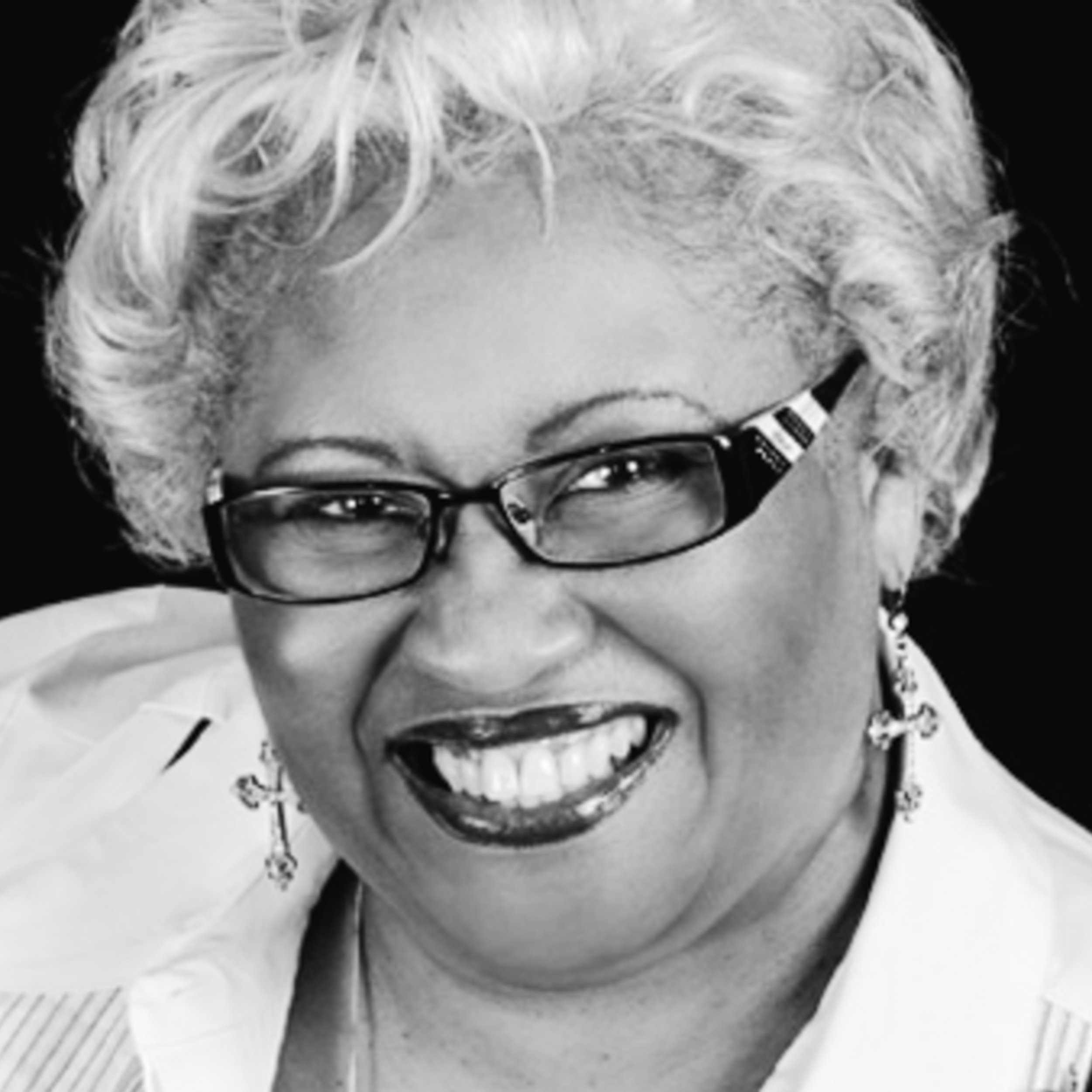 """Thelma Wells (Mama T) - Speaker, Author, Professor & Mentor A Woman of God Ministries – Dallas, TX""""When I want a beautiful book about the home, I always look for one that is authored by Devi Titus. This book is what I need to satisfy my desire to make my home a fortress of love and peace for my growing family. Go slowly through the pages and see if you don't feel eloquent, relaxed and caressed while selecting your families' surroundings for a powerful legacy of beauty and love in your house!"""""""