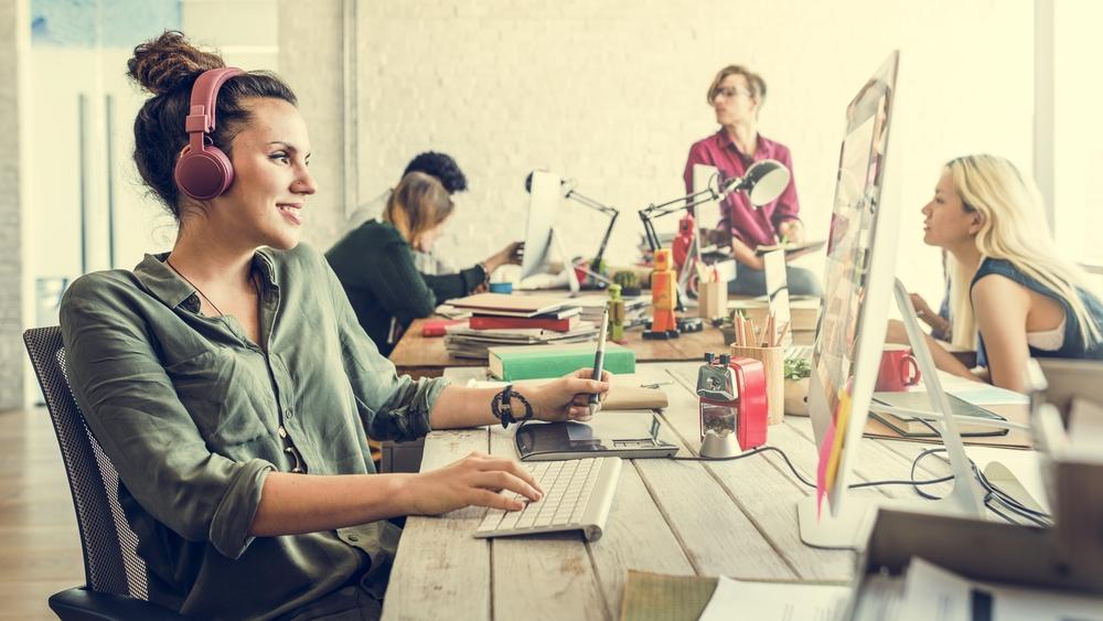 COMMUNICATION Digitale pour Small Business, ARTISANs & PME - > CAMPAGNE SMS / MAIL / SOCIAL> SITE INTERNET> ACQUISITION CLIENT