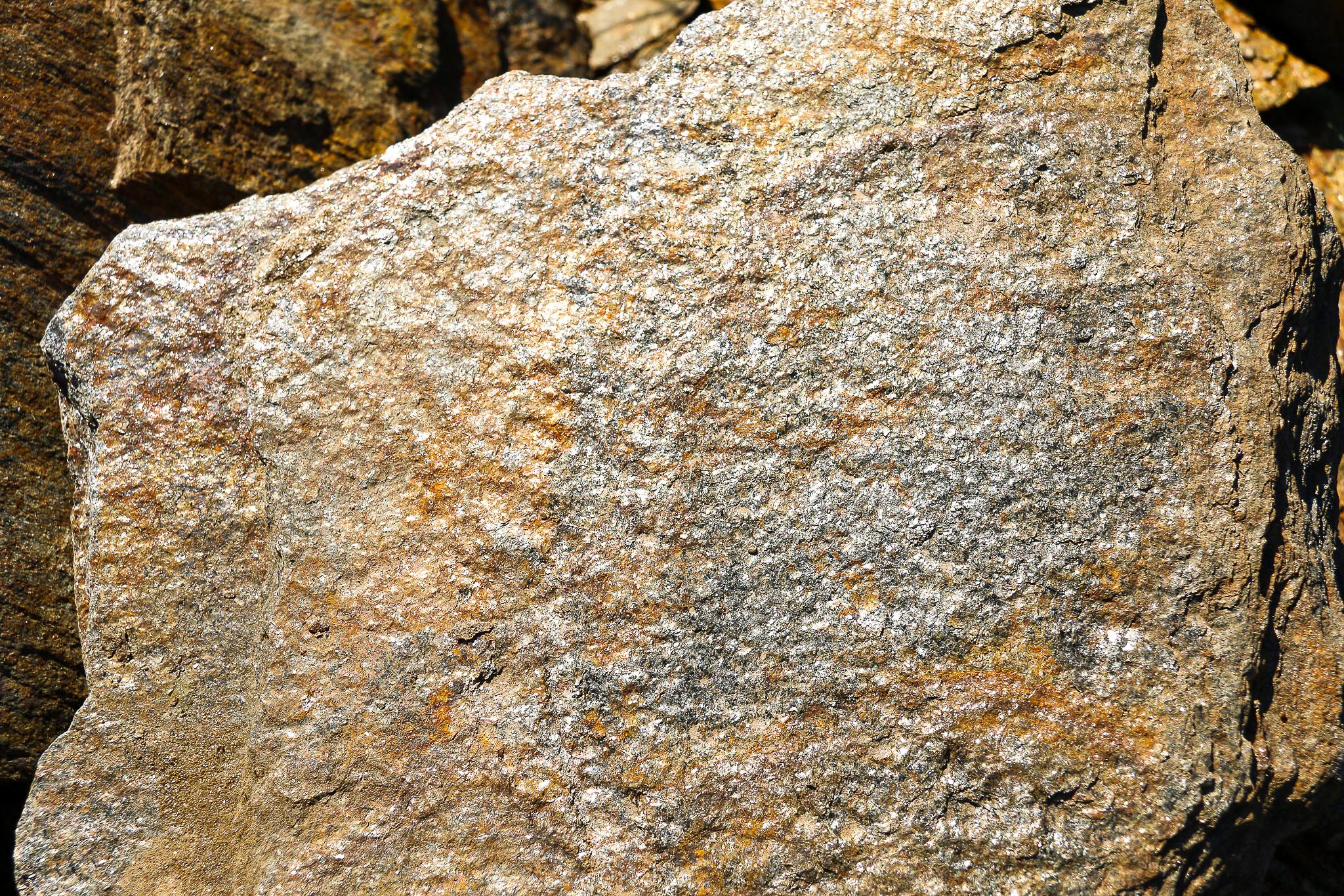 carolina bronze stones