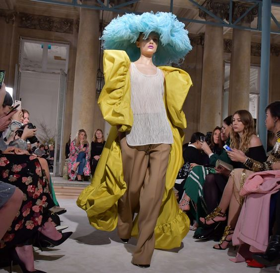 Robin's Egg Blue & Sunshine Yellow @ Valentino