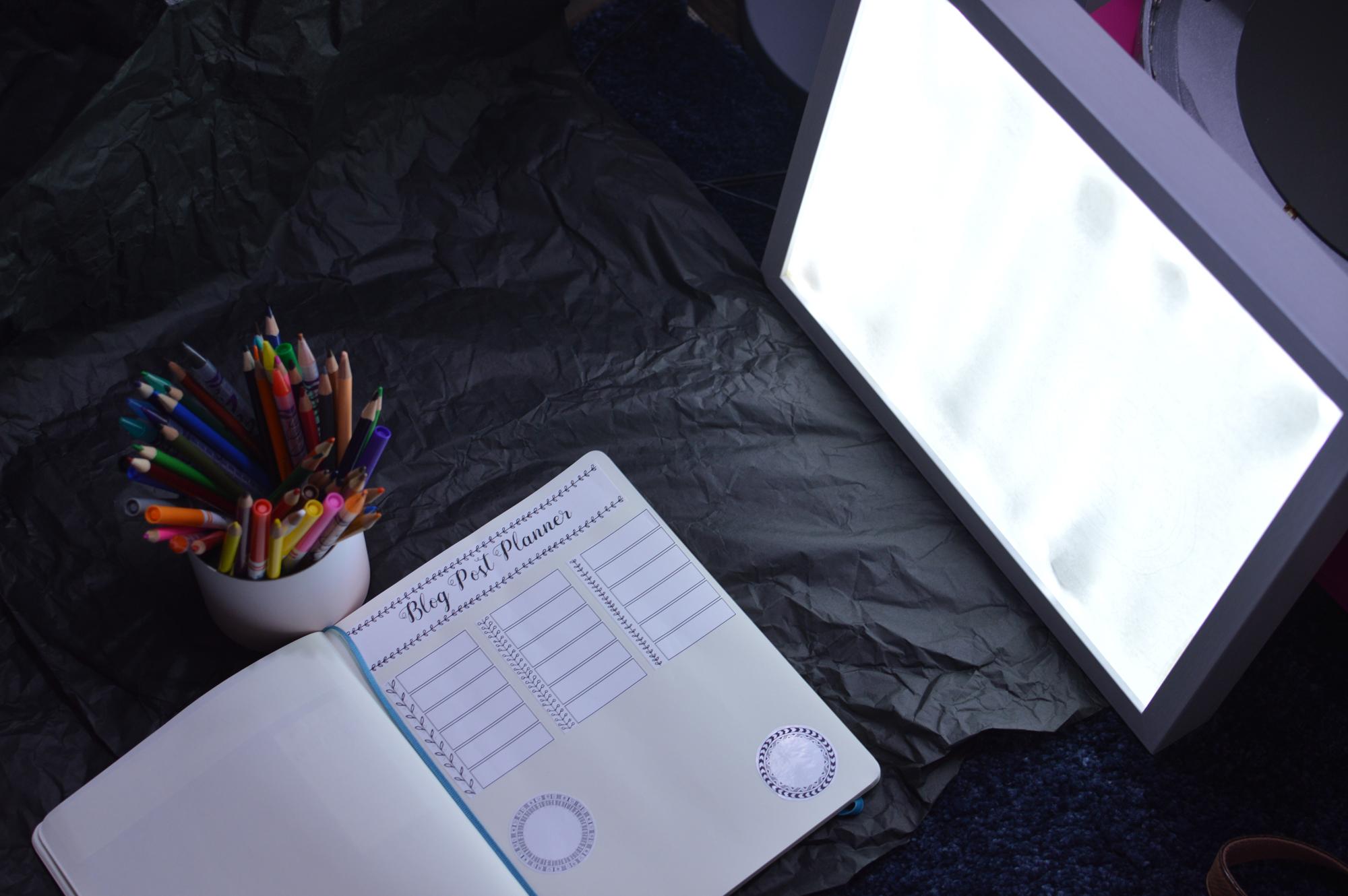 LED-LIGHT-PANEL.jpg