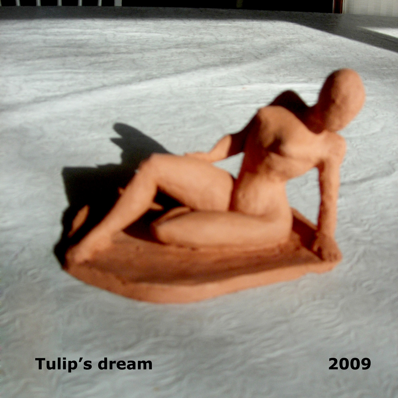tulip-woman2.jpg