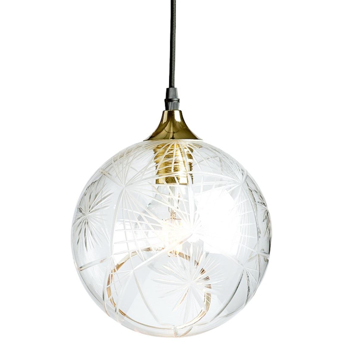 marie.burgos.design.ballroom.diamond.cut.pendant.lighting.lighting.pendants.glass.1506707657700.jpg
