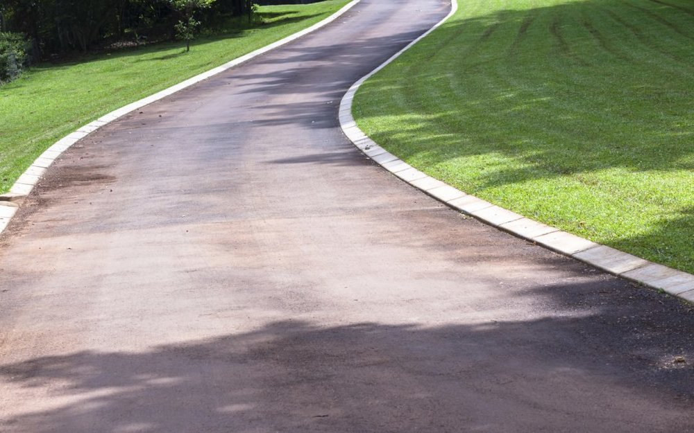 Benefits Of Landscape And Paver Edging