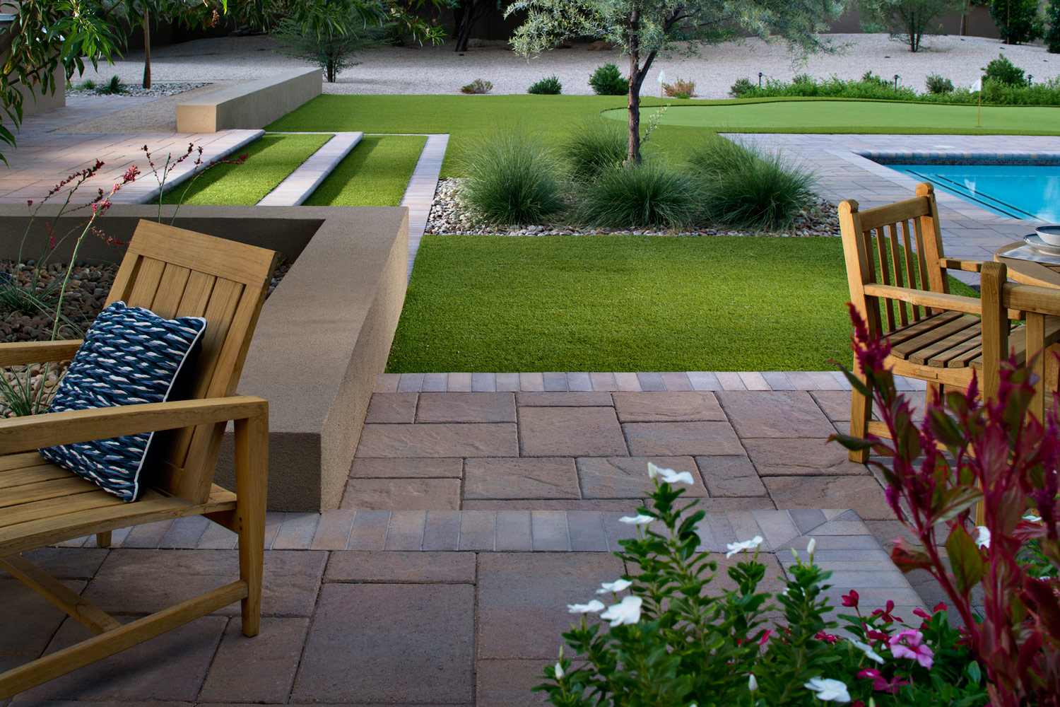 Choosing pavers for a walkway, patio or driveway